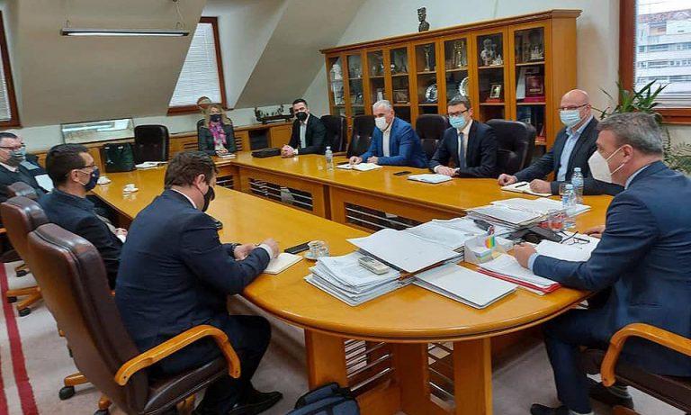 Универзитет у Крагујевцу, Врњачка Бања и Чачак о унапређењу сарадње факултета, привреде и локалне самоуправе